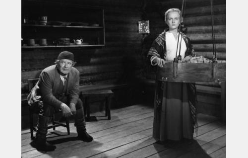 Eino Kaipainen ja Elina Pohjanpää.