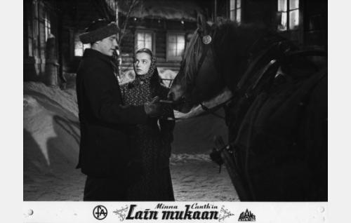 Matti Oravisto ja Eila Peitsalo.