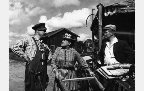 Kauko Kokkonen, Siiri Angerkoski ja Hannes Häyrinen.