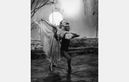 Taikayö-baletti