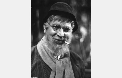 Värväri-Ville, aktivisti ja etappijääkäri (Uuno Laakso)