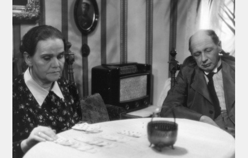 Appivanhemmat (Hertta Leistén ja Lauri Korpela).