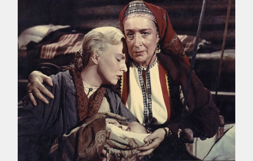 Marja (Elina Pohjanpää) ja Shemeikan äiti (Kerstin Nylander).