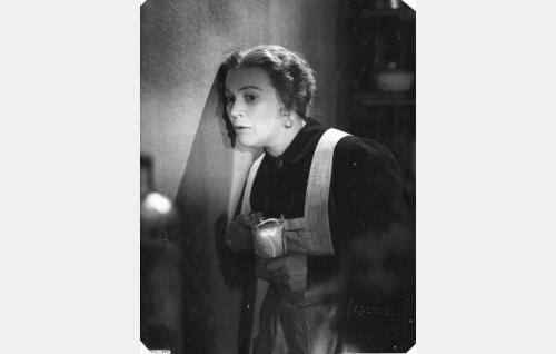Mari (Aino Lohikoski)