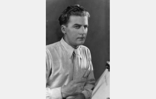 insinööri Arvi Halmeheimo  (Joel Rinne)