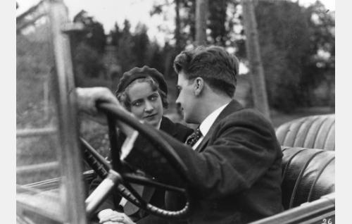 Iris Knape, Joel Rinne