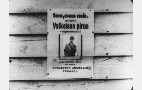 """Punaisten armeijan päämaja on luvannut sissipäällikkö Karunkan, """"Valkoisen Pirun"""" (Yrjö Hirviseppä) vangitsijalle palkkion."""